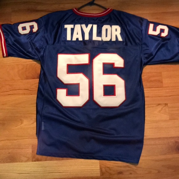 brand new 09f15 8dd43 Lawrence Taylor New York Giants jersey size 50